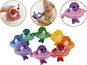 """TOMY Игрушка для ванной """"Поющие дельфины"""" отзыв"""