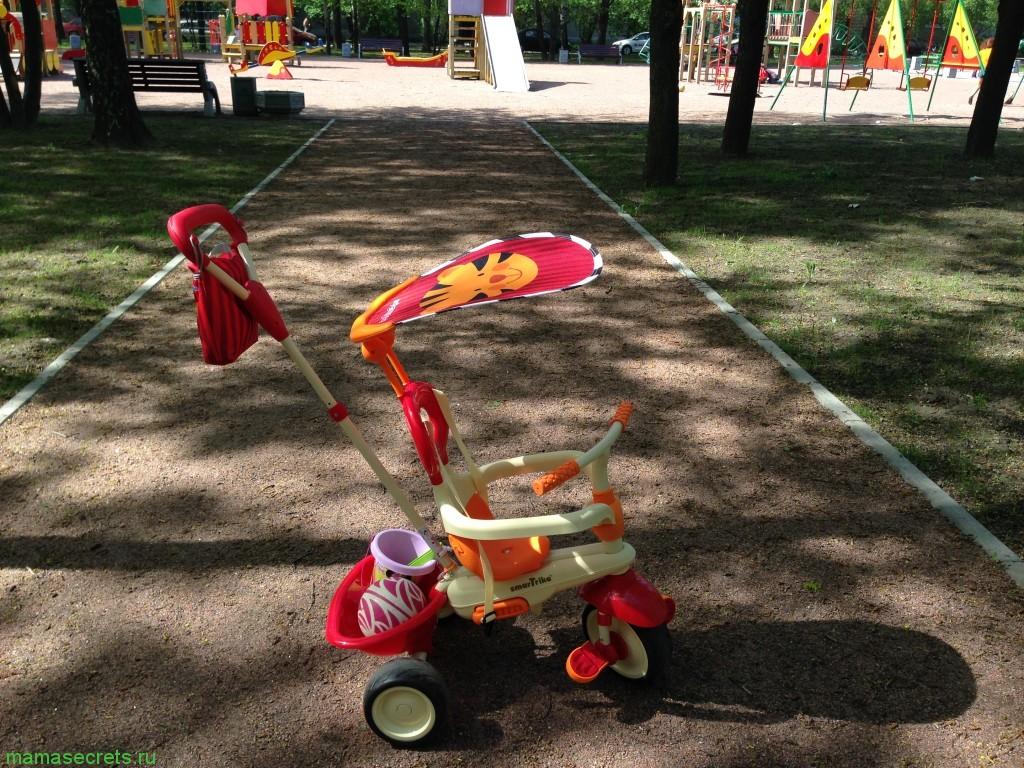 Детский трехколесный велосипед Smart Trike
