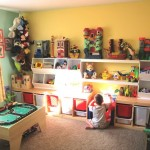 coreymoortgat.blogspot.in-childs-room-boy-happy-yellow-walls-green-accessories-and-racetrack-665x498