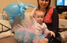 Как Таисия научилась бегать за ручку! Taisiya NEWS