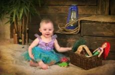 Ребенок выключает свет 1 год 3 месяца
