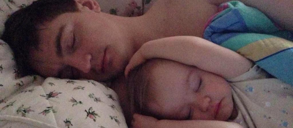 Как уложить ребенка спать: 7 эффективных способов