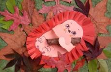 Осенняя аппликация для детей Ежик